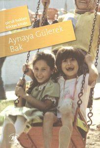 aynaya_gulerek_bak